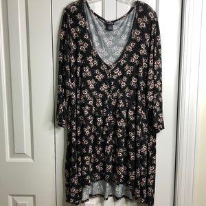 Torrid size 5X pretty black floral dress EUC
